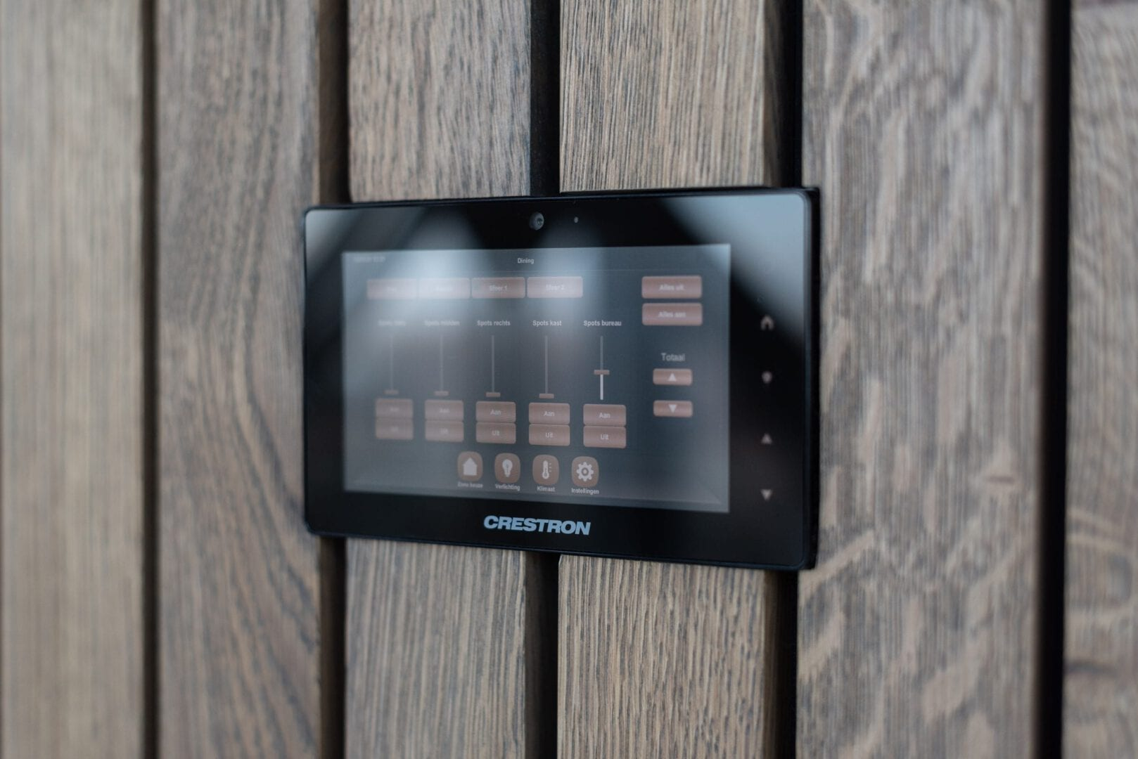 Crestron Domotica systeem Penthouse Den Haag
